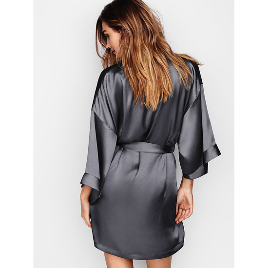 VICTORIA\'S SECRET NEW! Satin Kimono Black Pearl Outlet Store